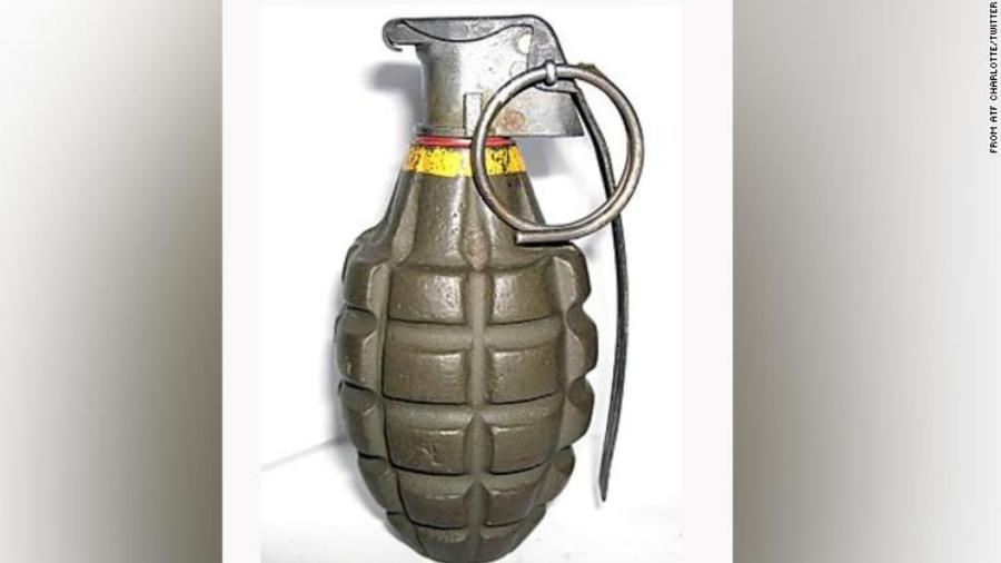 Garoto de 12 anos morreu depois que granada comprada em loja de antiguidades explodiu  - Reprodução/Twitter/Charlotte