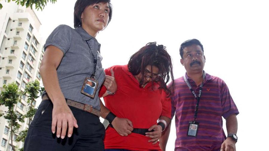 Em Singapura, vivem cerca de 250 mil empregadas domésticas; muitas sofrem maus-tratos - Seah Kwan Peng/Straits Times/AFP