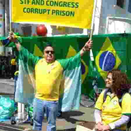 Renato Breuel, de 60 anos, veio do Paraná para ato na Paulista - Amanda Rossi/UOL - Amanda Rossi/UOL