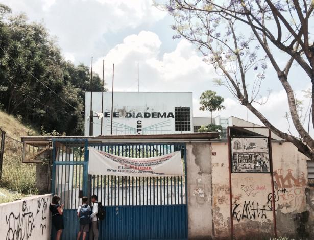 Um ano depois, Colégio Estadual de Diadema volta a ser ocupado
