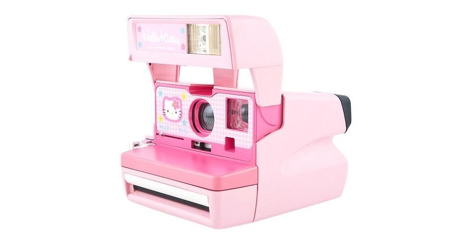 Câmera de filme instantâneo da Polaroid (1990). Esse é um dos objetos extintos que integram a enciclopédia virtual criada pela startup russa Thngs para eternizar tecnologias do passado