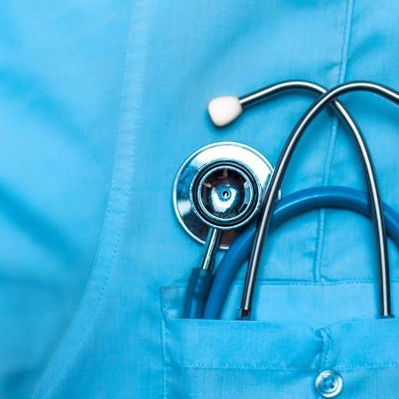 Planos de saúde coletivos sofreram reajustes muito maiores do que os planos individuais - Sergey Tinyakov/Getty Images/iStockphoto