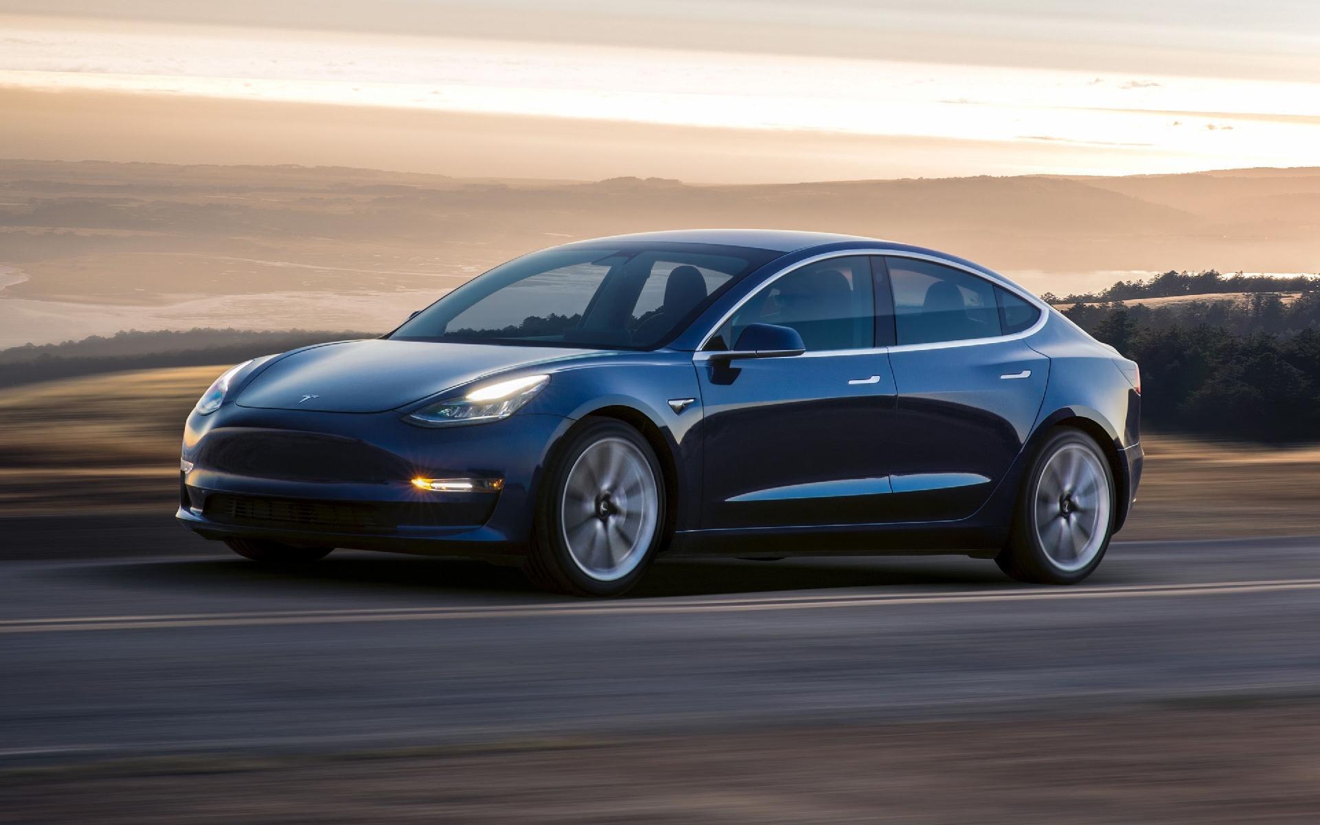 Hackers invadem sistema da Tesla e, como prêmio, levam Model 3 para casa