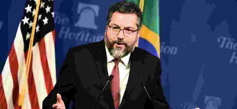 11.set.2019 - O ministro das Relações Exteriores, Ernesto Araújo, discursa em evento em Washington, nos EUA - Eric Baradt - 11.set.2019/AFP