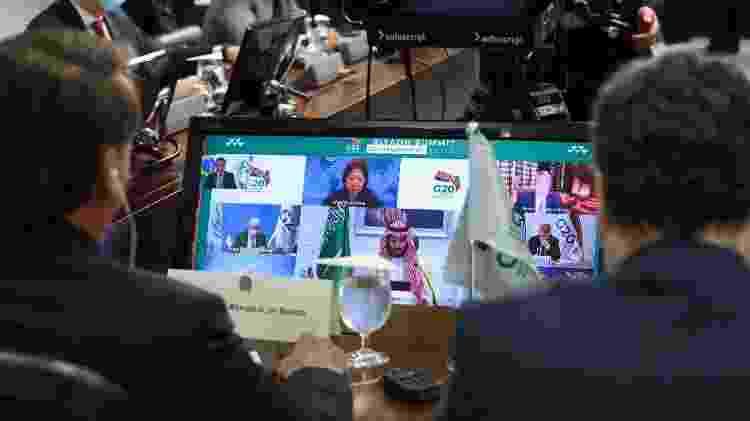 O presidente Jair Bolsonaro (sem partido) acompanha reunião do G20 por videoconferência - Marcos Corrêa/PR - Marcos Corrêa/PR