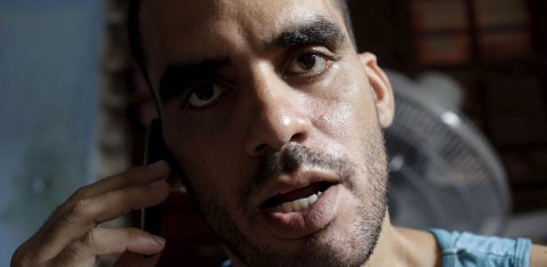 20.out.2015 - O artista dissidente cubano Danilo Maldonado, em sua casa em Havana