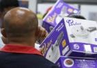Anúncio de descontos atrai consumidores a rede de lojas - Luciano Claudino/Estadão Conteúdo