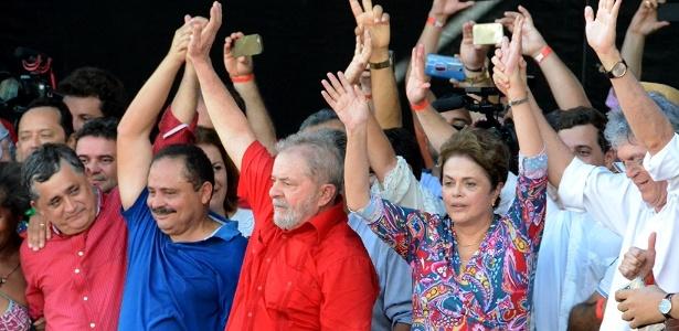 19.mar.2017 - Ex-presidentes Lula e Dilma Rousseff participam de reinauguração da obra de transposição do rio São Francisco em Monteiro (PB)