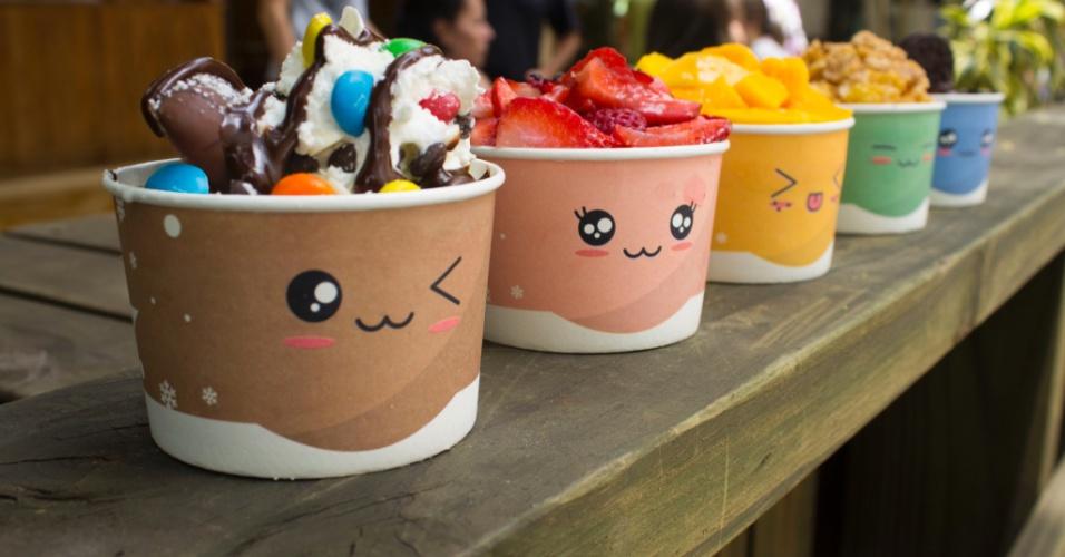 O snow ice-cream (sorvete de neve) da Snow Fall é vendido nos sabores doce de feijão azuki, bolinho de moti (arroz), chá verde, biscoito Oreo e injeolmi (pó de soja), entre outros
