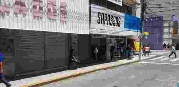 28.dez.2017 - As lojas do centro de Natal, bairro Alecrim, estão fechadas - Wendell Jefferson/Via Certa Natal - Wendell Jefferson/Via Certa Natal