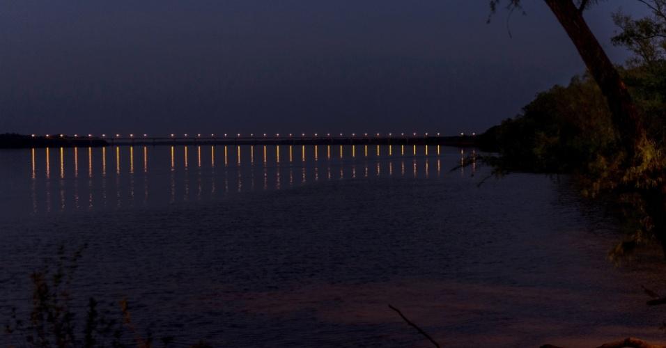 Promessa desde 1930, a Ponte Internacional da Integração entre São Borja e Santo Tomé não existia durante a ditadura; obra foi inaugurada em 1997, no governo de Fernando Henrique Cardoso