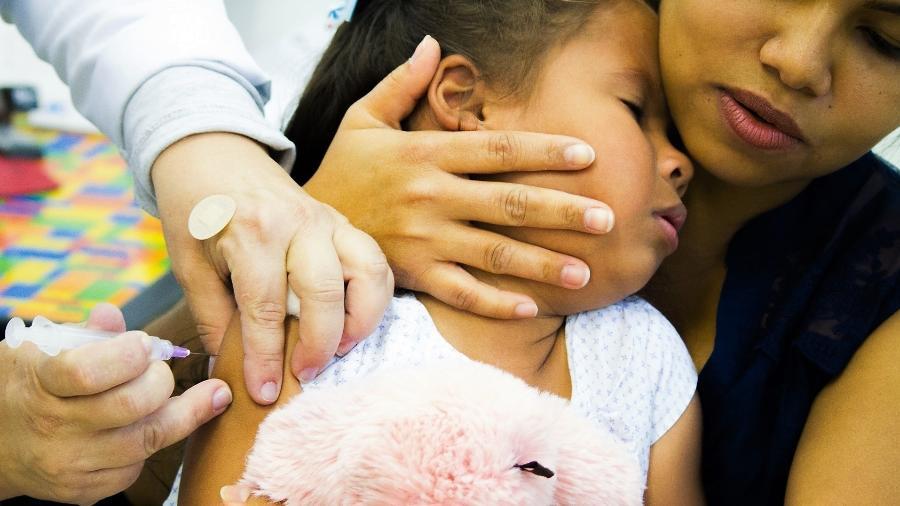 03.jul.2018 - Campanha de vacinação contra a poliomielite e o sarampo entrou no segundo dia, em São Paulo. Meta é imunizar dois milhões de crianças em todo o estado. - Adriana Toffetti/Estadão Conteúdo