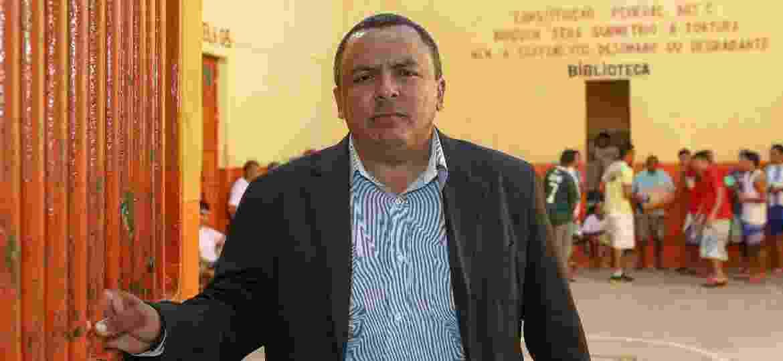 O ex-detento Antônio Galdino da Silva Neto enquanto diretor do presídio de Sapé, na Paraíba - 11.out.2013 - João Medeiros/Folhapress