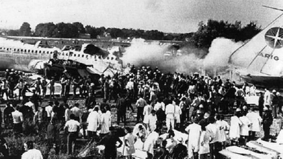 Um cigarro causou a queda de um Boeing 707 da Varig em Paris - Reprodução