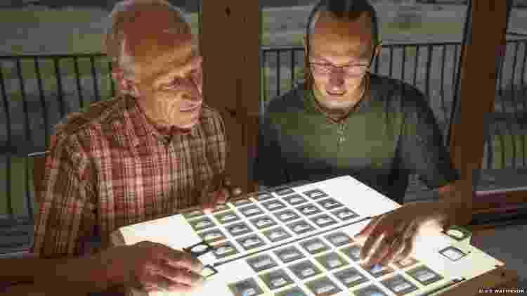 Colin e Kieran Baxter: pai e filho retrataram a mesma região da Islândia com 30 anos de diferença - ALICE WATTERSON - ALICE WATTERSON
