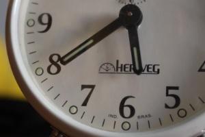 Atrase seu relógio em uma hora