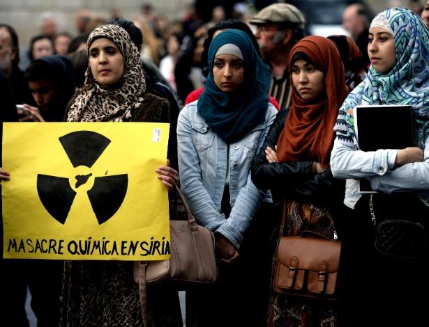 Protesto contra uso de armas químicas na Síria