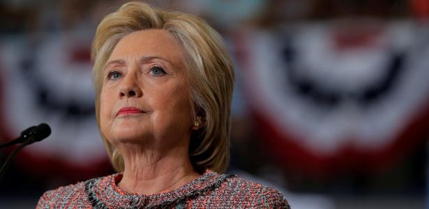 Escândalo dos e-mails ainda persegue a democrata