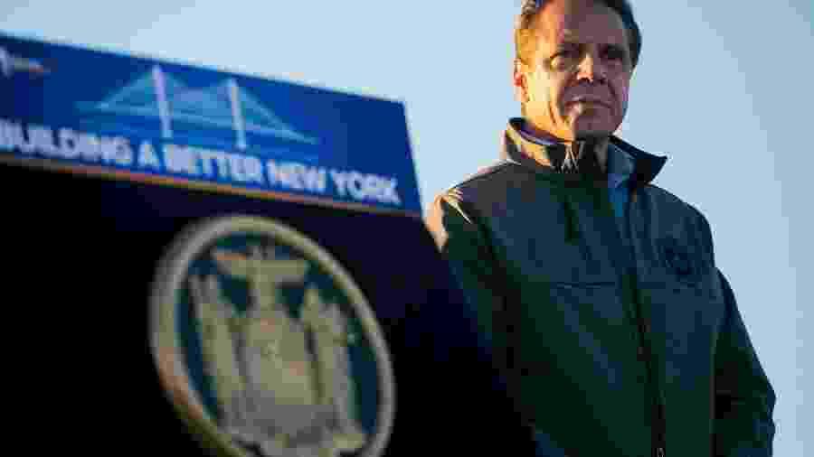 Para o governador de Nova York, as pessoas não devem relaxar na proteção - SAM HODGSON/NYT