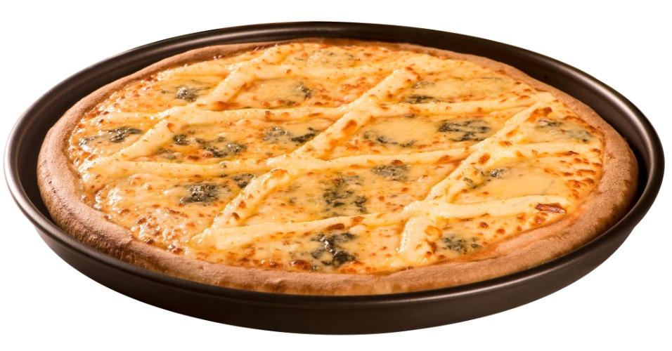Super Pizza Pan quatro queijos