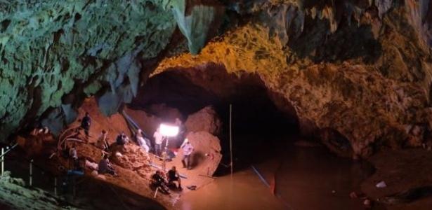 Equipes de resgate buscam por crianças em caverna da Tailândia - Getty Images