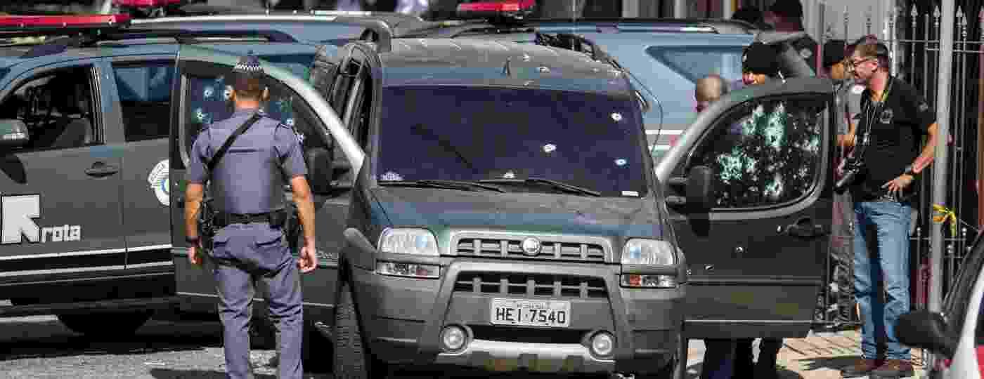 Movimentação de policiais no local onde o cabo da Rota Fernando Flávio Flores, 38, foi morto, no último sábado (4), em Interlagos, zona sul de São Paulo - Marcelo Gonçalves/Sigmapress/Estadão Conteúdo