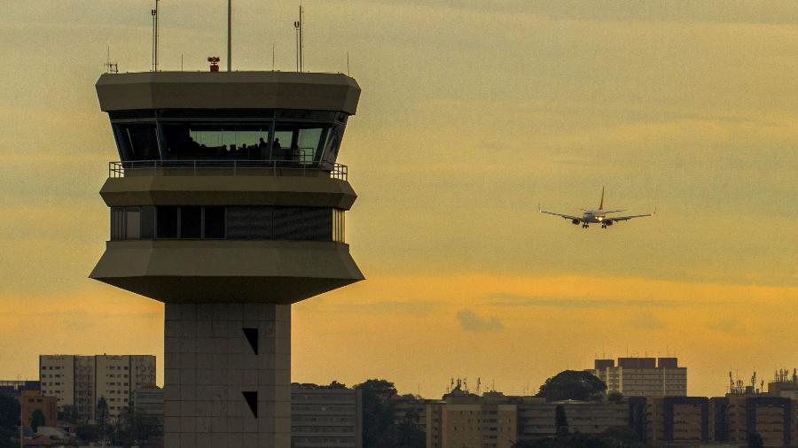 Entre os empreendimentos aeroportuários qualificados no PPI e incluídos no PND está o aeroporto de Congonhas - Enilton Kirchhof / Força Aérea