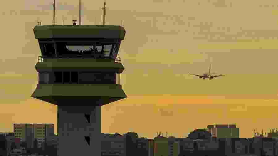 Imagem de Congonhas; suspeita é que áreas internas do aeroporto paulistano e do Santos Dumont (Rio de Janeiro) eram subavaliadas em licitações - Enilton Kirchhof / Força Aérea