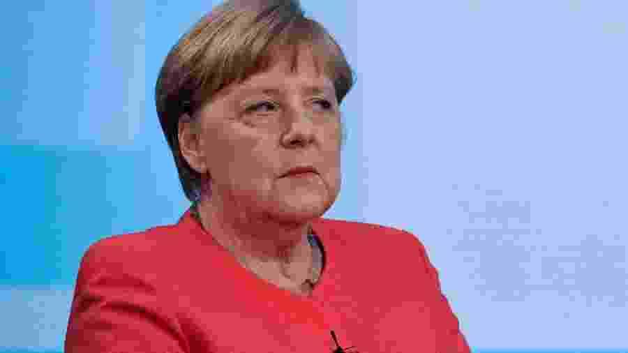 4.jun.2020 - A chanceler da Alemanha, Angela Merkel, em entrevista à emissora de televisão estatal ARD, em Berlim - John MacDougall/AFP