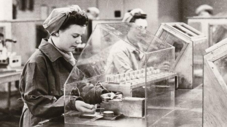 """O """"imposto sobre lucros extraordinários"""" das empresas é inspirado em algo que esteve em vigor durante a Primeira e a Segunda Guerra Mundial - Getty Images"""