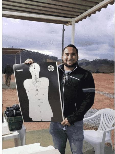 Ricardo Pinheiro publicou foto no Facebook após fazer treino tático - Reprodução/Facebook - Reprodução/Facebook