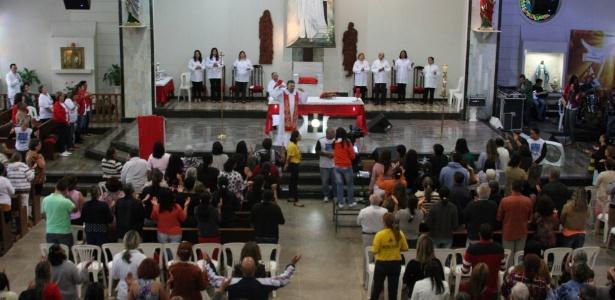 Missa na Paróquia São Pedro, em Taguatinga (DF)