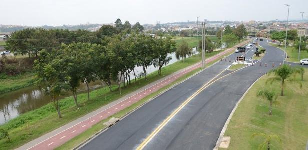 A avenida Dom Aguirre, em Sorocaba, que não pode ser chamada de marginal