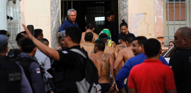 Membros do PCC foram transferidos após rebelião no Complexo Penitenciário Anísio Jobim