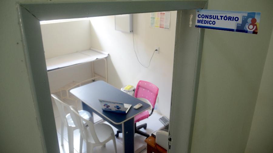 Além de atendimentos em locais inadequados, os médicos denunciados diagnosticavam pacientes saudáveis com glaucoma - Beto Macário/UOL