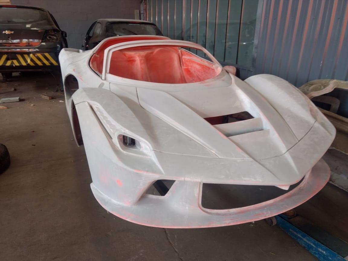 04b5953ed Polícia descobre fábrica de Ferraris e Lamborghinis falsas em São Paulo -  14/02/2019 - UOL Notícias