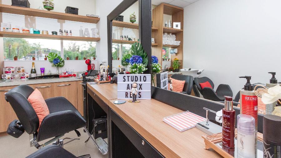 No Sola Salons Studio Brasil, no Rio, o profissional aluga o espaço pronto e mobiliado - Daniel Perpetuo/Divulgação