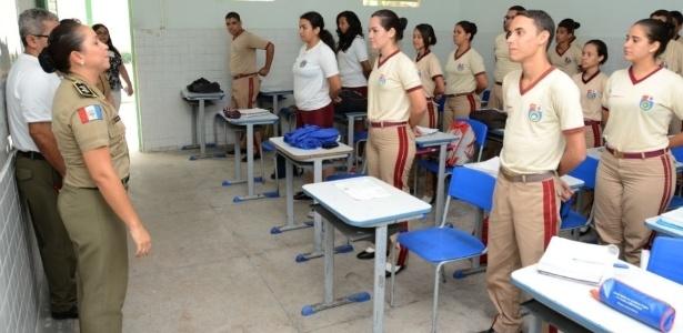 Os colégios militares obtiveram um bom desempenho no Enem, o que se deve, segundo seus administradores, a uma disciplina rígida
