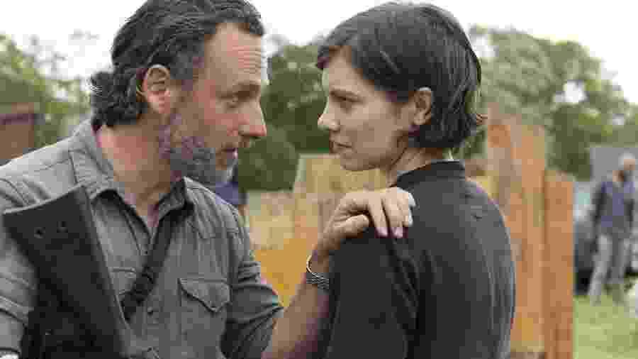 "Rick Grimes (Andrew Lincoln) e Maggie (Lauren Cohan) em cena de ""The Walking Dead"" - Reprodução"