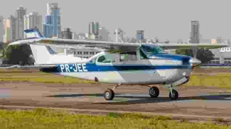 Aeronave Cessna C210 de prefxo PR-JEE que caiu nesta sexta na zona norte de São Paulo - Arquivo pessoal