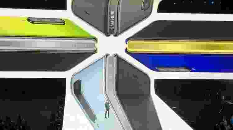 Galaxy Fold - cores - Gabriel Ribeiro/UOL - Gabriel Ribeiro/UOL