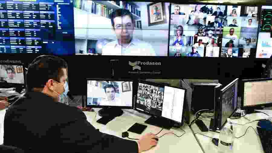 O presidente do Senado, Davi Alcolumbre (DEM-AP), comanda sessão virtual da Casa em meio à pandemia do coronavírus - Leopoldo Silva/Agência Senado