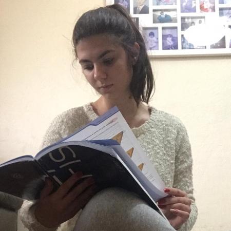 """""""Foi um processo de adaptação bem difícil"""", diz a estudante Claudia Nyari Righi - Arquivo pessoal"""