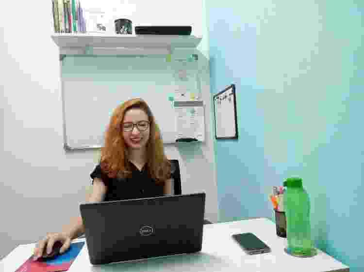 Nathalia Porcelli, 29, é uma das moradoras participantes do núcleo virtual de filosofia budista na M´Boi Mirim - Arquivo pessoal/ Sonia Maria - Arquivo pessoal/ Sonia Maria