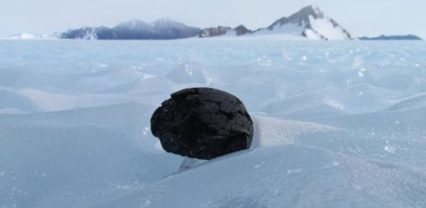 Camada de meteoritos pode estar escondida por gelo na Antártida