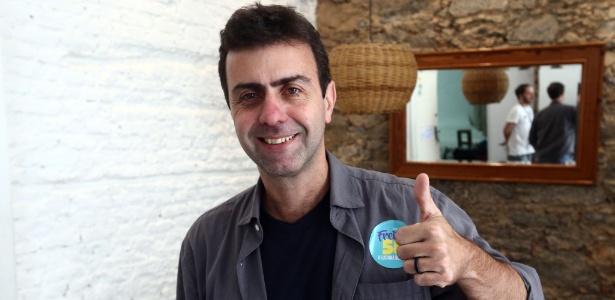 Marcelo Freixo participou de reunião com aliados nesta segunda-feira (3), após avançar para o 2º turno