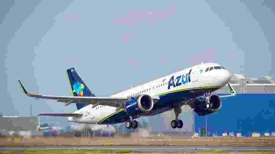 Segundo a Anac, a Azul (foto) ficou com 15 slots que eram da Avianca, Passaredo recebeu 14 horários e a MAP, 12 slots - DOUMENJOU Alexandre - MasterFilms