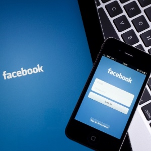 Que tal ver coisas diferentes em seu feed do Facebook?