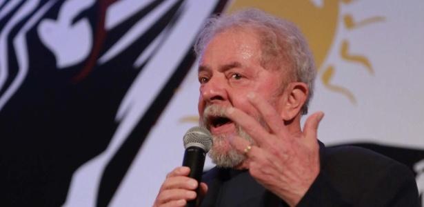 O ex-presidente Lula participou do 14º Congresso do PCdoB, em Brasília