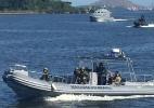 Militares cercam o Complexo do Salgueiro pelo mar para impedir fuga de bandidos - Luis Kawaguti/UOL